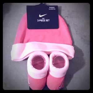 Nike baby hat and shoes